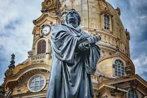 Estátua de Martinho Lutero em Dresden, na Alemanha